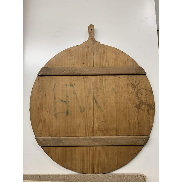 Early 20th C Antique French Pine Boulangerie Round Breadboard For Sale In Denver - Image 6 of 13