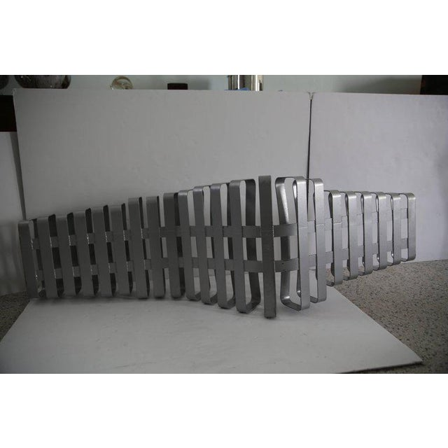 Modern Modern Artisan Garden Chaise in Powder Coated Metal For Sale - Image 3 of 13