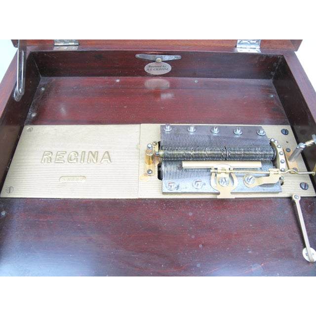 Brown Early 20th Century Antique Regina Double Comb Music Box For Sale - Image 8 of 13