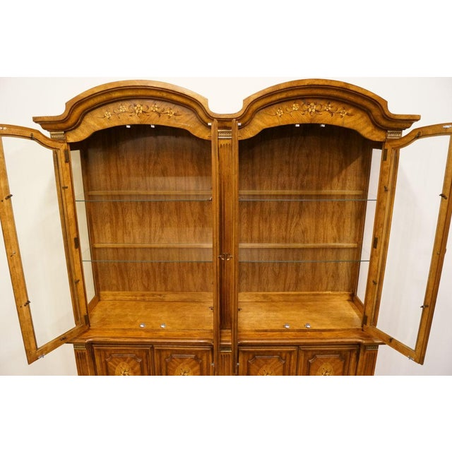 """Late 20th Century 20th Century Italian Stanley Furniture 71"""" Buffet with Lighted Display China Cabinet For Sale - Image 5 of 13"""