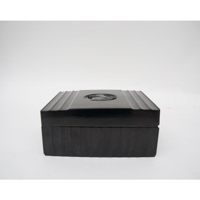 Dunhill 1920s Dunhill American Art Deco Black Bakelite Storage Box with Pegasus Motif For Sale - Image 4 of 9