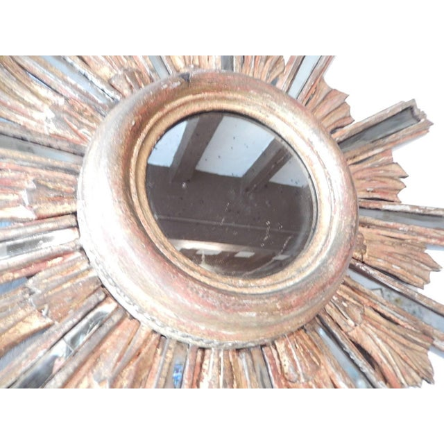 1900 - 1909 1900 Italian Giltwood Starburst Mirror with Mirrored Rays For Sale - Image 5 of 11
