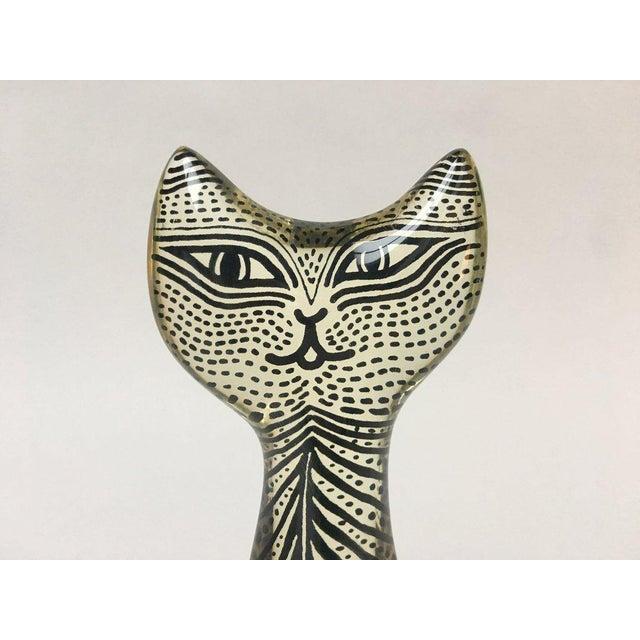 Acrylic 1970s Figurative Abraham Palatnik Op Art Lucite Cat Figure For Sale - Image 7 of 10