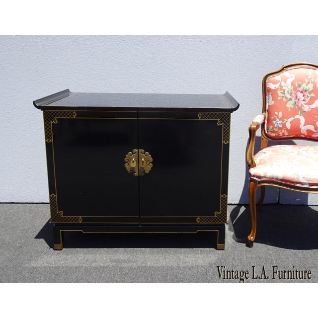 Vintage Mid Century Chinoiserie Oriental Asian Black Entry Table Cabinet For Sale - Image 13 of 13