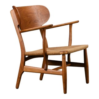 1950s Hans Wegner Mid Century Danish Modern Ch22 Lounge Chair For Sale