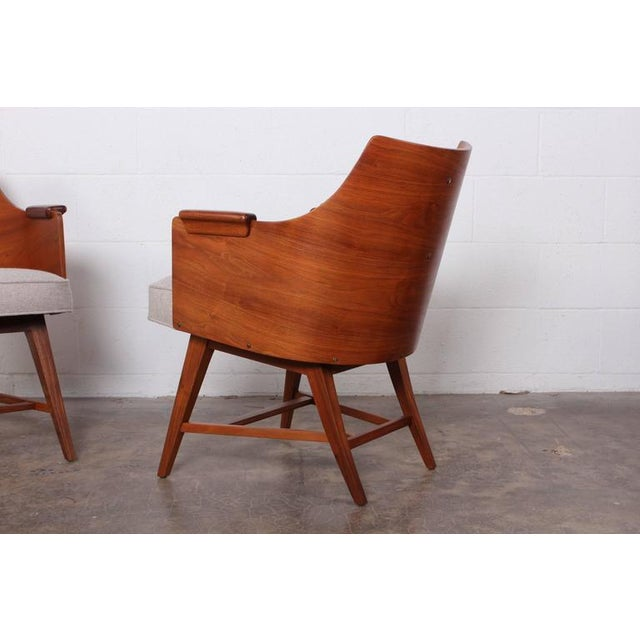 Gray Rare Pair of Lounge Chairs by Edward Wormley for Dunbar For Sale - Image 8 of 10