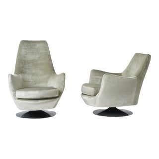 His and Hers Lounge Chairs by Milo Baughman for Thayer Coggin For Sale