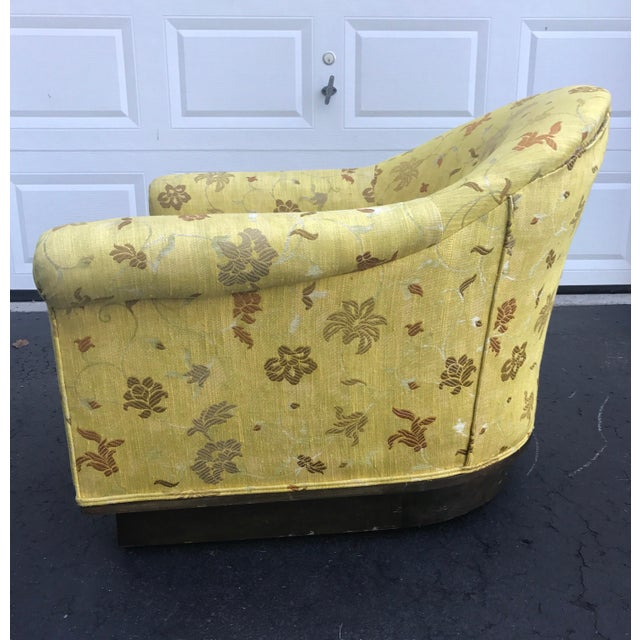 Fabric Pair of Milo Baughman Yellow Gold Scalamandre Mid-Century Chairs For Sale - Image 7 of 9