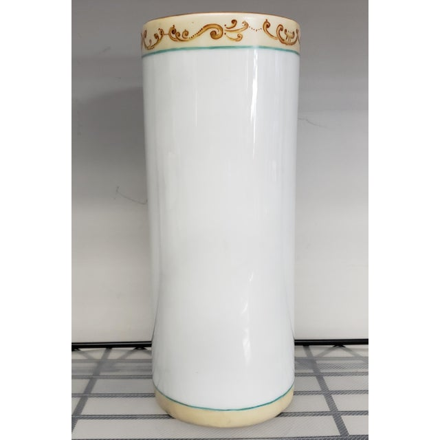 Chinoiserie 1880 French-American Chinoiserie Style Hand Painted Porcelain Wig Stand Signed H. deBaroncelli For Sale - Image 3 of 7