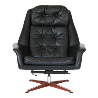 Danish Swivel Lounge Chair Designed by H. W. Klein For Sale