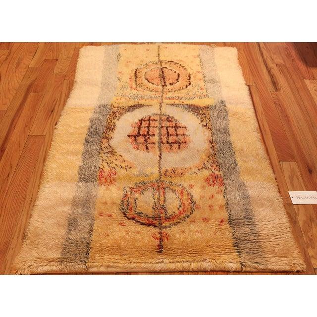 Boho Chic Leena Kaisa Designed Vintage Scandinavian Rya Rug - 3′5″ × 5′1″ For Sale - Image 3 of 10