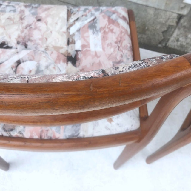 Mid-Century Modern Sculpted Teak Dining Chairs- Set of Four For Sale - Image 12 of 13