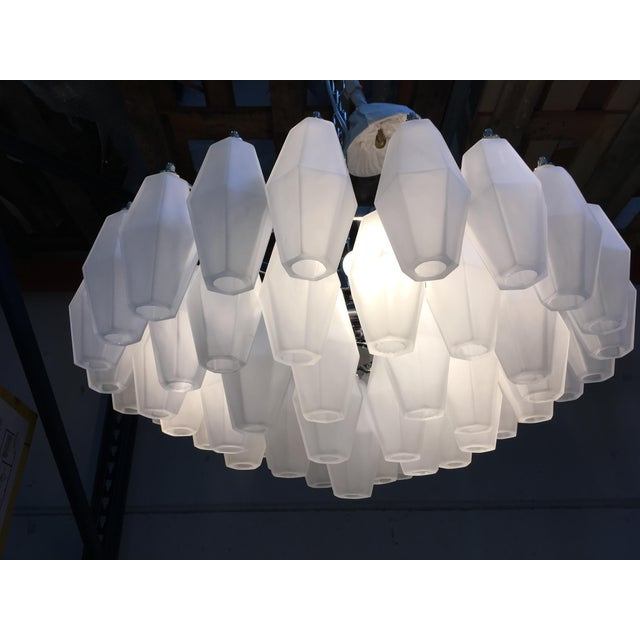 Mid-Century Modern Chandelier Murano Glass Poliedro White Sand Kromo Metal Frame For Sale - Image 3 of 13