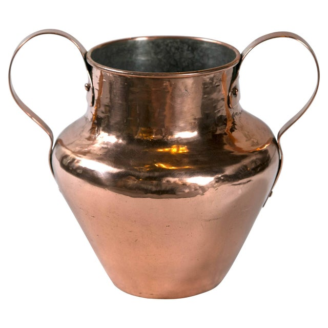 Antique Dovetailed Copper Urn, Late 19th Century For Sale In New York - Image 6 of 6
