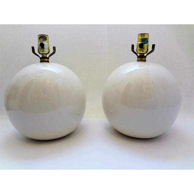Vintage White Round Ceramic Ball Lamps - a Pair For Sale In Phoenix - Image 6 of 6
