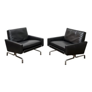 A Pair of Pk31/1 Poul Kjaerholm Lounge Chairs For Sale