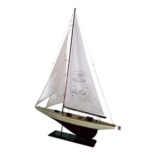 Shamrock Sailboat Model