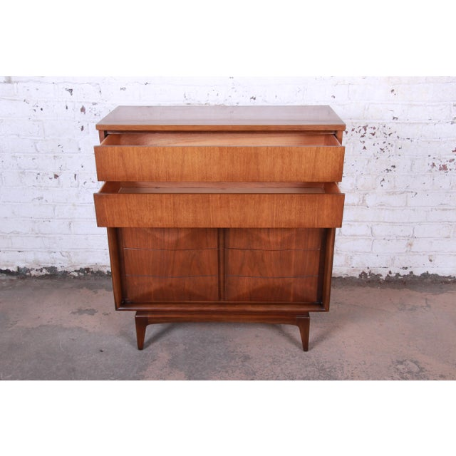 Mid-Century Modern Sculpted Walnut Diamond Front Highboy Dresser by United For Sale In South Bend - Image 6 of 13