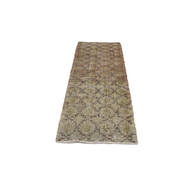 Shabby Chic Vintage Turkish Sivas Rug - 02'05 X 07'00 For Sale - Image 3 of 5