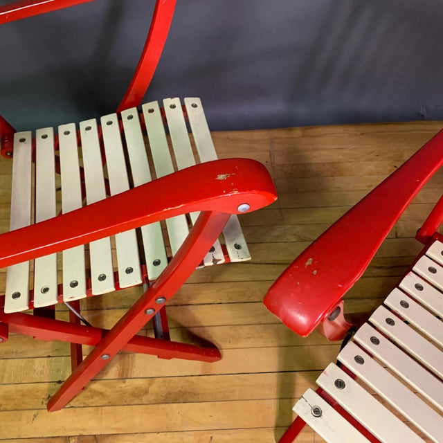 1960s Vintage Fratelli Reguitti Lacquered Folding Chairs- a Pair For Sale In New York - Image 6 of 13