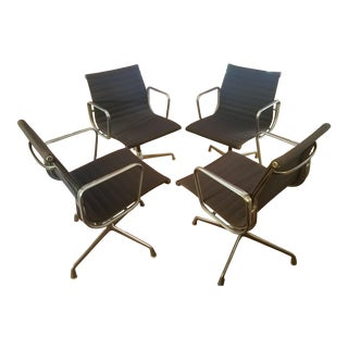 Eames Aluminum Group Management Chairs - Set of 4 For Sale