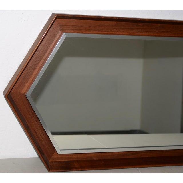Mid-Century Modern Walnut Framed Mirror by Arthur Umanoff for Howard Miller C.1965 For Sale - Image 3 of 8