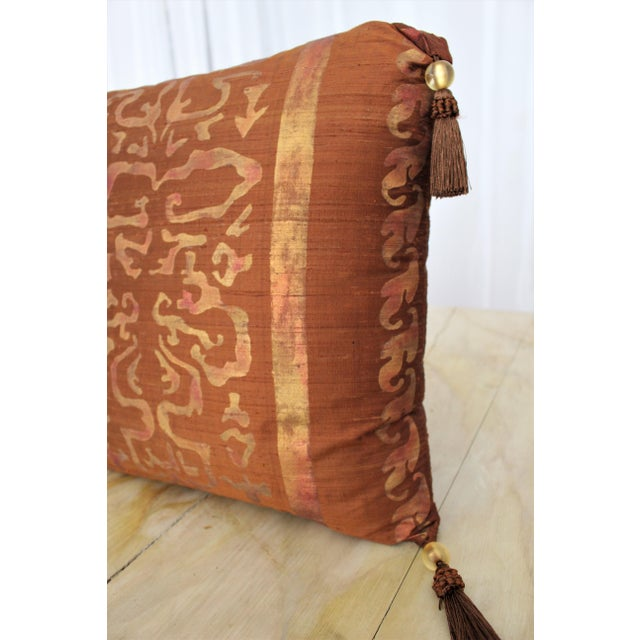 Abstract Isabelle H. Fortuny Style Burnished Russet Silk Tasselled Pillow For Sale - Image 3 of 8