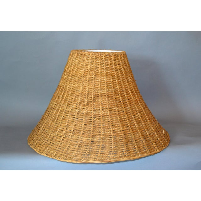 Mid-Century Modern Round Hand-Woven Rattan, Wicker White Lined Fabric Lamp Shade For Sale - Image 11 of 11