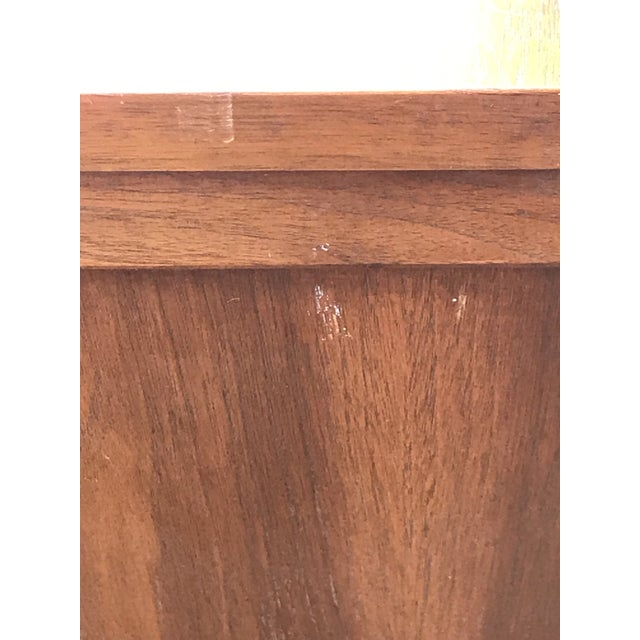 Contemporary 1960s Mid-Century Modern American of Martinsville Inlay Walnut Cabinet For Sale - Image 3 of 13