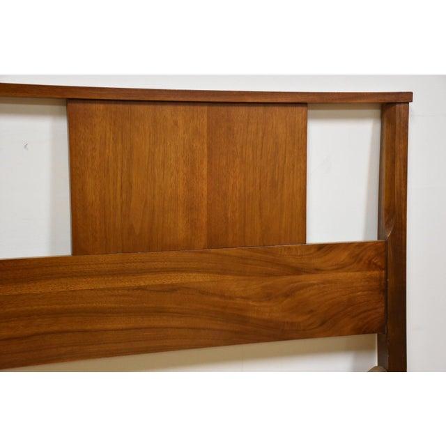 Mid-Century Modern Mid-Century Modern Walnut Full Headboard For Sale - Image 3 of 5