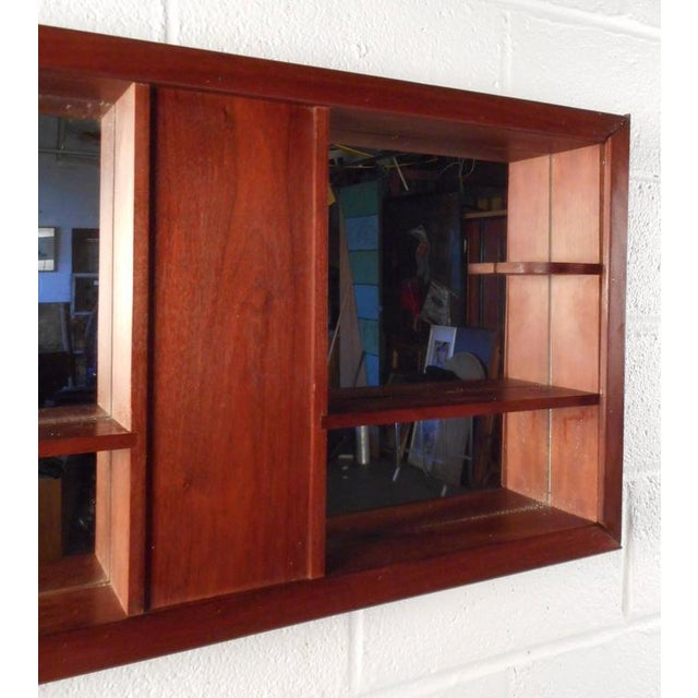 Mid-Century Modern Walnut and Mirrored Shadow Box For Sale In New York - Image 6 of 7