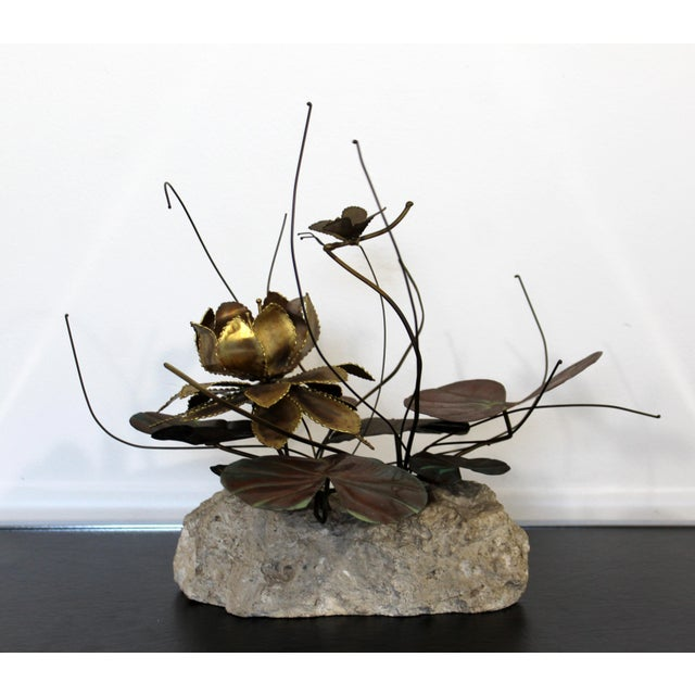 Brass Mid Century Modern Brutalist Brass on Stone Table Sculpture Water Lily Jere Era For Sale - Image 8 of 8