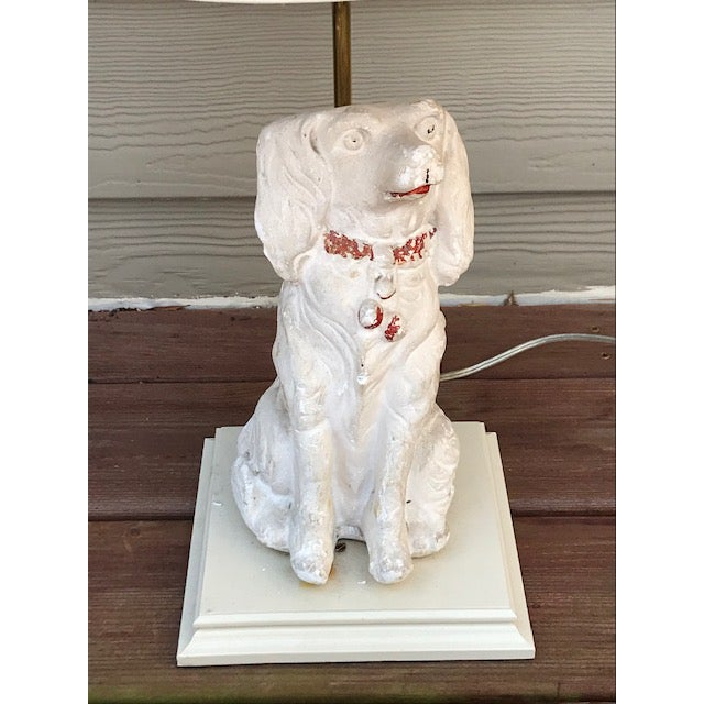 British Colonial Late 19th Century Cavalier King Charles Spaniel Lamp With Original Shade For Sale - Image 3 of 7