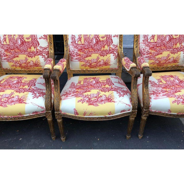 Louis XVI Antique Louis XVI Style Bergere Arm Chairs W Brunschwig & Fils Toile - Set of 4 For Sale - Image 3 of 6