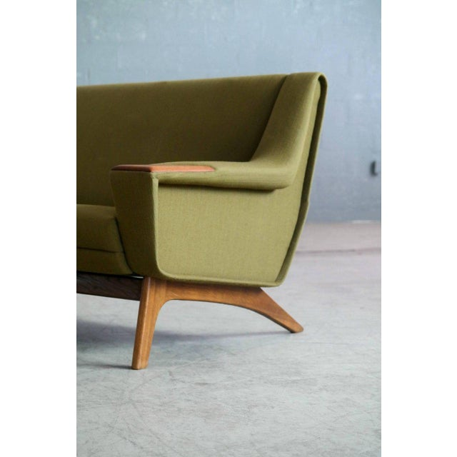 Danish Midcentury Sofa in Wool and Teak by Erhardsen and Erlandsen for Eran For Sale - Image 4 of 10