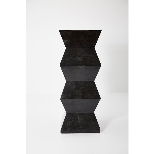 1990s Vintage Oversized Postmodern Tessellated Black Stone Accordion Pedestal For Sale - Image 10 of 13