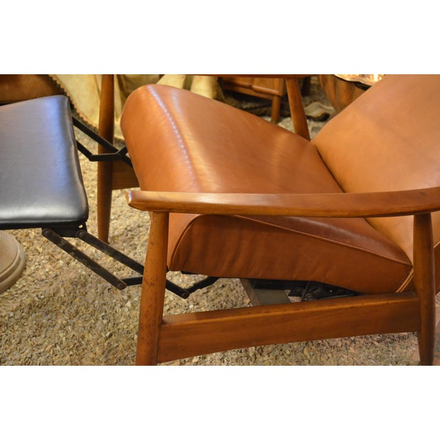 Wood Vintage Mid Century Milo Baughman for Thayer Coggin Tighten Up Recliner Armchair Newly Upholstered For Sale - Image 7 of 9