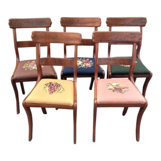 Early 19th Century Vintage American Classical Mahogany Chairs- Set of 5 For Sale
