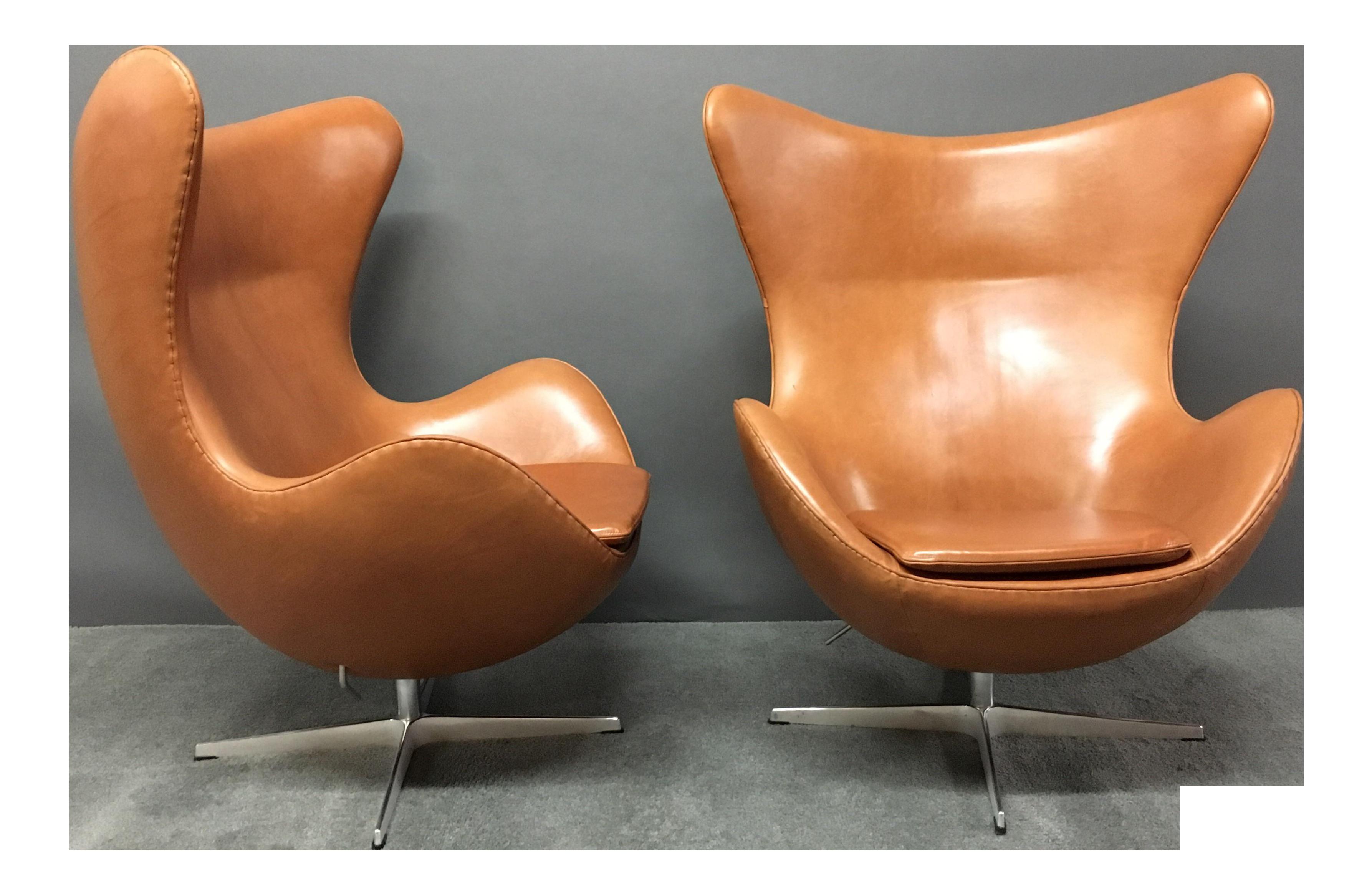 Arne Jacobsen For Fritz Hansen Egg Chairs   A Pair For Sale