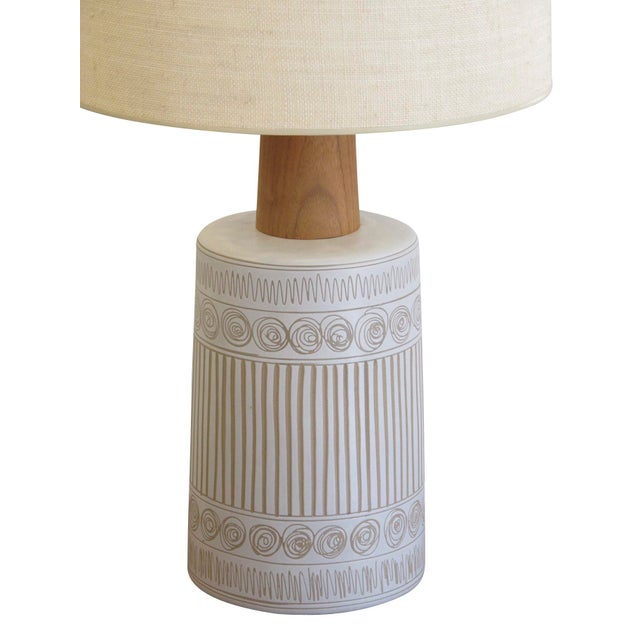 Gordon Martz Mid-Century Martz Glazed Ceramic Lamp for Marshall Studios For Sale - Image 4 of 7