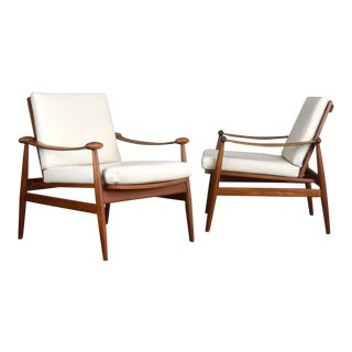 Finn Juhl 'Spade' Danish Teak Lounge Chairs in Teak and Leather - a Pair