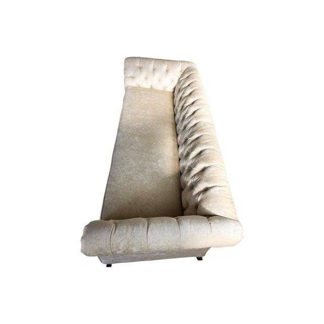 Hodsoll McKenzie Ivory Chesterfield Sofa - Image 8 of 10
