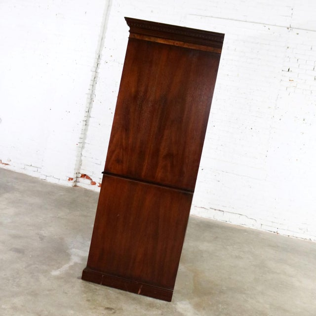 Georgian Georgian Style Large Mahogany Entertainment Armoire Wardrobe Cabinet by Hekman For Sale - Image 3 of 13