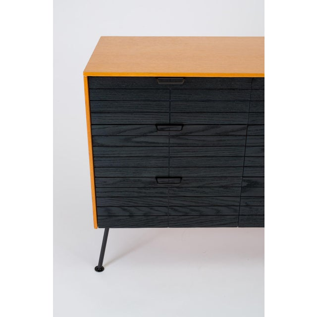 """Raymond Loewy's """"Accent"""" Line Nine-Drawer Dresser for the Mengel Company For Sale - Image 9 of 13"""