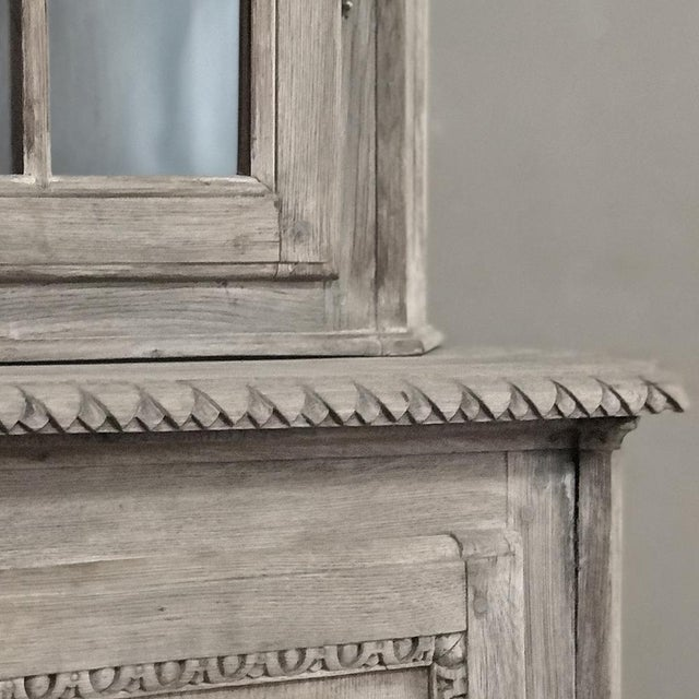 19th Century Country French Louis XVI Stripped Bookcase ~ Vitrine For Sale In Dallas - Image 6 of 13