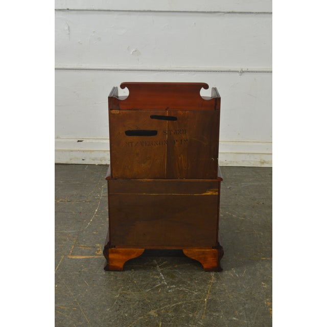 Cherry Wood Pennsylvania House Mt Vernon Pair of Solid Cherry Vintage Nightstands For Sale - Image 7 of 13