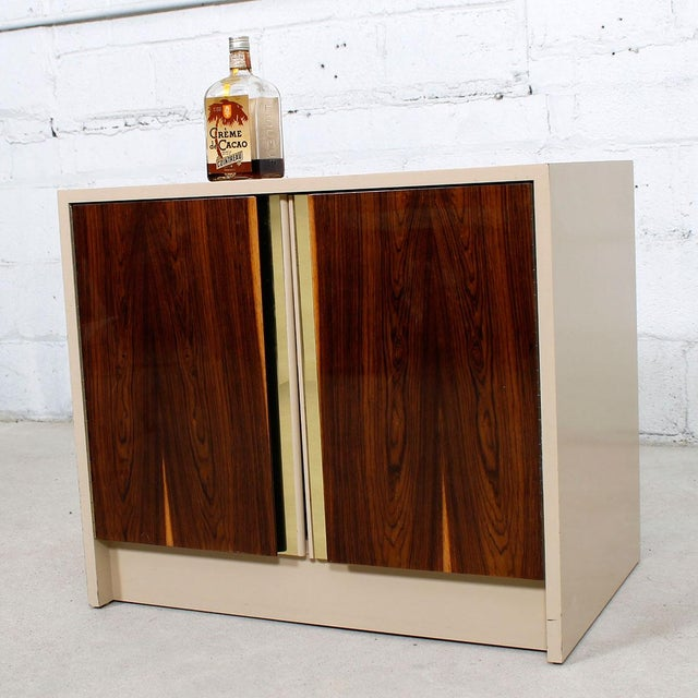 Milo Baughman Bar / Media Cabinet With Rosewood Doors For Sale - Image 9 of 10