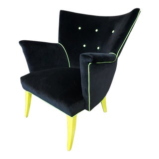 1950s Guillermo Eyelash Wing Chair in Black Velvet and Yellow Neon For Sale