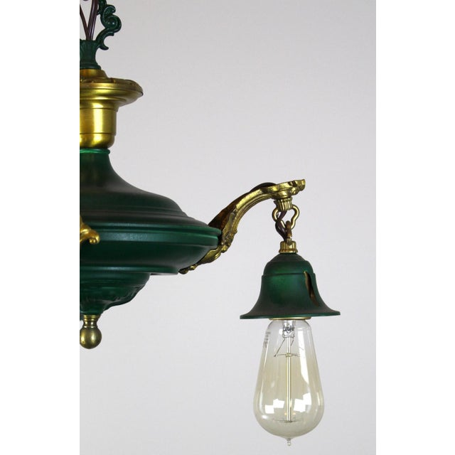 3 Light Pan Fixture in Gold & Green. - Image 8 of 8