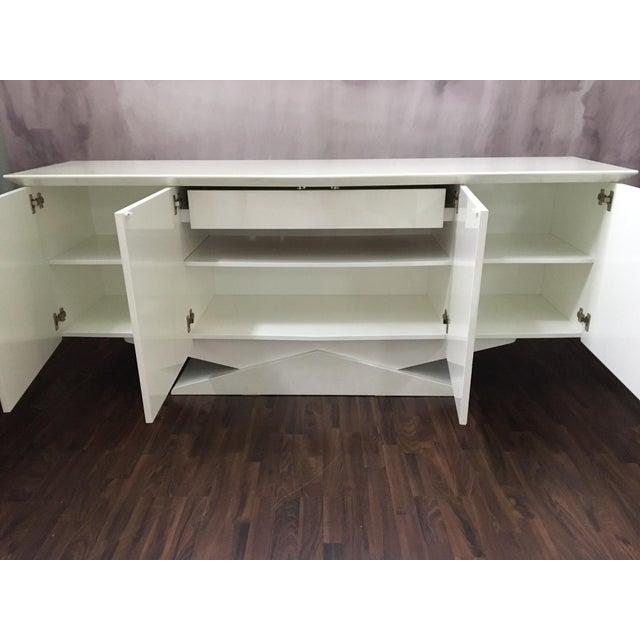 Modern Ello Art Deco White Pearlescent Console Cabinet Credenza - Image 7 of 10